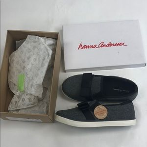 Hanna Andersson UNA Dark Grey Girls Shoes